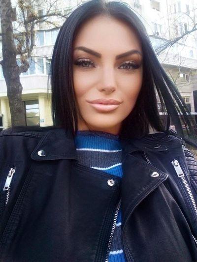 Evelyne Smith - Escort Girl from Lexington Kentucky