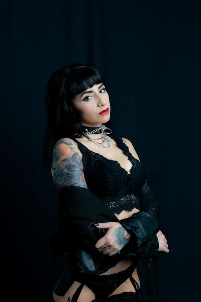 Nina Bond - Escort Girl from Little Rock Arkansas