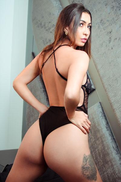 Naomie Quenlu - Escort Girl from League City Texas