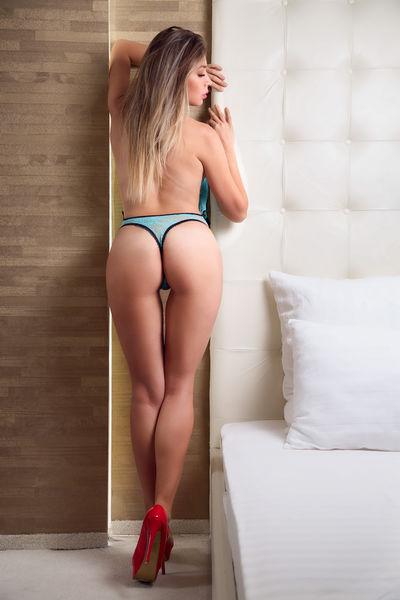 Blonde Escort in Clearwater Florida