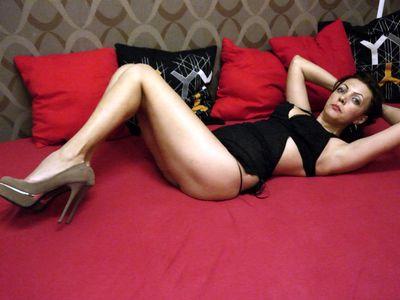 Clara Cougar - Escort Girl from Lexington Kentucky