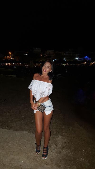 Luana Ana - Escort Girl from Burbank California
