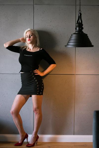 Maddy Mimi - Escort Girl from Lincoln Nebraska
